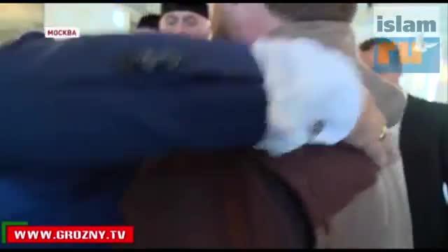 Кадыров подарил Московской Соборной мечети волос Пророка (с.а.с)